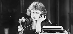Femeie la telefon