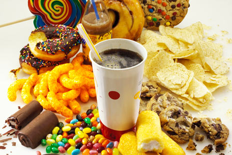 Zaharul si junk food-ul ne scad IQ-ul