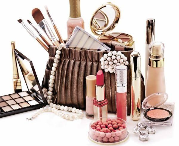 Produsele cosmetice ne otravesc